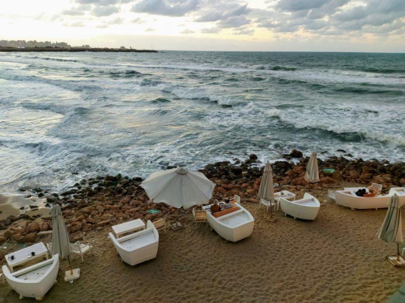 Cafe on Alexandria beach